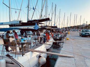 Finikas Hafen Syros